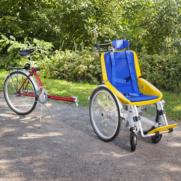 Trident rullstolscykel Duet med löstagen rullstol