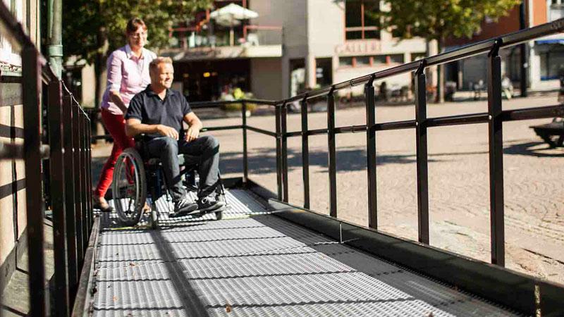Trident rullstolsramp Ängelholm - Gamla rådhuset