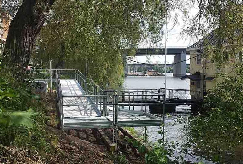 Trident rullstolsramp Stockholm - Liljeholmsbadet